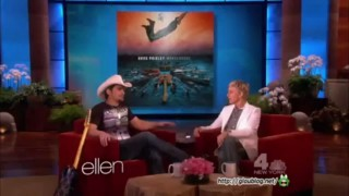 Brad Paisley Performance And Interview Apr 09 2013