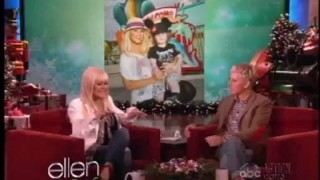 Christina Aguilera Interview Dec 07 2012