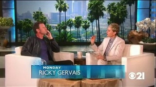 Scott Foley Plays Heads Up Sept 17 2015