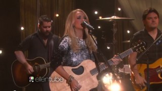 Carrie Underwood Performance Oct 27 2015