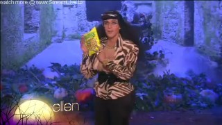 Ellen Halloween Show Monologue & Dance Oct 30 2015