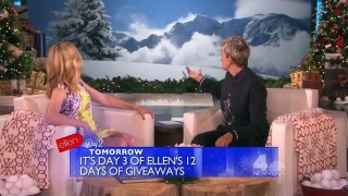 Elizabeth Banks Interview Nov 24 2015